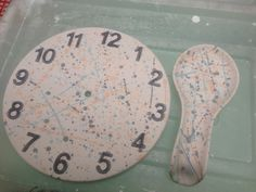 A Clock splat painted at The Crafty Cafe