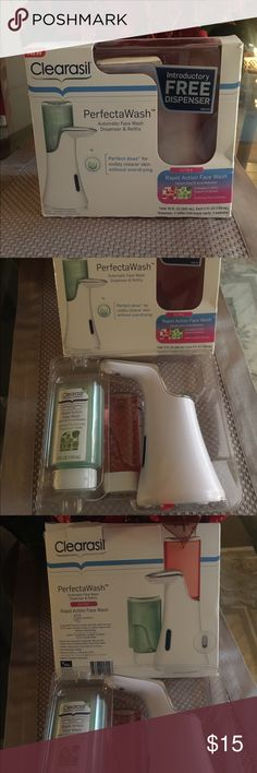 Clearasil Perfecta Wash Automatic Face Wash Dispenser & Refills. Touch free automatic dispenser. Includes 2 refills. (Grapefruit splash and Soothing plant extract); batteries. *New (original packaging). Other