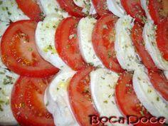 Salada de Mozzarella Fresca e Tomate