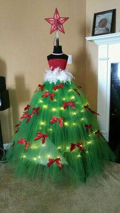 Dress form tree