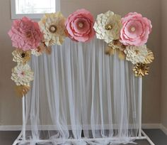 Beautiful Paper Flower Backdrop Wedding Ideas 51