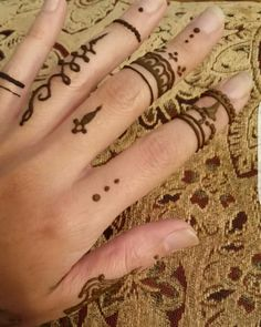 Morning #Henna drying stage 😌
