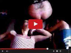 Pobudka dziewczyny - sprawdzony sposób na poranna pobudkę.  http://www.smiesznefilmy.net/pobudka-dziewczyny  #girls #wakeup #morning