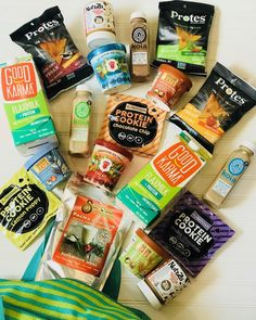 Plant-based Protein GIVEAWAY Whether you are hitting the gym ski slopes or the trails weve teamed up with some of our favorite brands to help fuel your workout and aid in your recovery to reach your New Years resolution goals! Two lucky winners will receive a prize pack that includes product from all 8 brands!  Heres how to enter:  1. Follow ALL participating brands:  @sarvaasuperfood @eatnuttzo  @alpendough  @eatprotes  @good_karma_foods  @drinkkoia @modernoats @eatsnowmonkey  2. Like this…