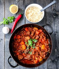 MAROKKANSK LAMMEGRYTE MED COUSCOUS Couscous, A Food, Food And Drink, Tummy Yummy, Lamb Stew, Recipe Boards, Dinner Is Served, Chorizo, Eating Well