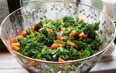 The Nutritionist Reviews: Thai Peanut Kale Salad