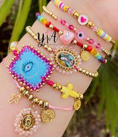 Evil Eye Jewelry, Ear Jewelry, Cute Jewelry, Jewelery, Jewelry Making, Polymer Clay Bracelet, Hand Bracelet, Kids Bracelets, Beaded Bracelets