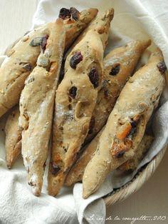 Petites baguettes aux fruits secs | Blog de cuisine bio : Le cri de la courgette...