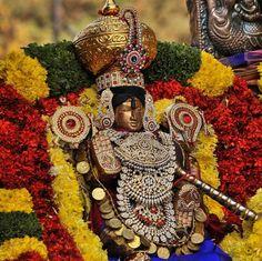 A weeklong celestial fete of Lord Venkateswara performed by priests from #tirumala Photo: G. Ramakrishna #hyderabad #tirupati #venkateswara #telangana
