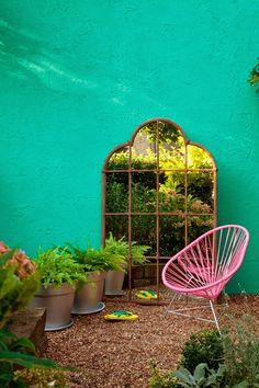 L'été c'est toute l'année avec cette terrasse ultra-colorée.