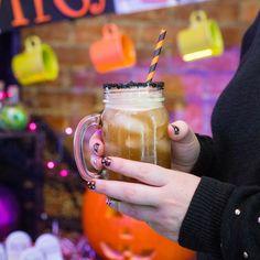 Take a walk on the dark side with a black sugar garnished Peach Iced Tea. #Halloween #dolcegusto #ScaryGood