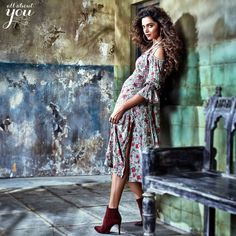Hollywood and Bollywood Actress,Model Deepika Padukone for all about Autumn/winter collection Deepika Padukone, Shraddha Kapoor, Indian Film Actress, Indian Actresses, Indian Beauty Saree, Celebs, Celebrities, Photography Women, Indian Outfits