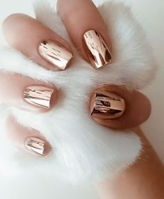 cool 90+ Glamour Chrome Nails Trends 2017