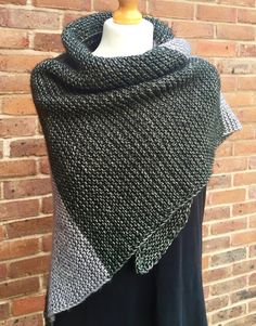 FO Friday: Another Colourblock Shawl (with mods) | Crafts from the Cwtch