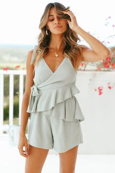 421f2ef270d8 26 Best Jumpsuits images in 2019