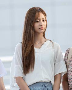 Chou Tzu Yu, Tzuyu Twice, Asian Actors, Beautiful Asian Girls, Korean Girl Groups, Kpop Girls, Asian Beauty, Actors & Actresses, Celebrities