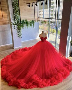 Pretty Quinceanera Dresses, Pretty Prom Dresses, Stunning Dresses, Prom Girl Dresses, Glam Dresses, Ball Gown Dresses, Formal Dresses, Sexy Evening Dress, Evening Gowns