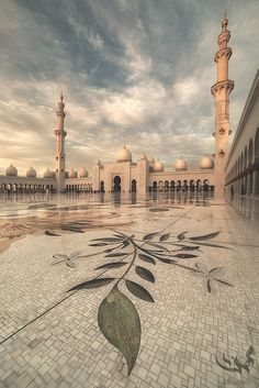 Beautiful and peaceful place :D Sheikh Zayed Grand Mosque, UAE~ ❤️ Abu Dhabi, Beautiful World, Beautiful Places, Mecca Masjid, Mosque Architecture, Mekkah, Beautiful Mosques, Islamic Wallpaper, Grand Mosque