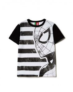 "Shop Short sleeve ""Spiderman"" t-shirt White for TOPS at the official United Colors of Benetton online shop."