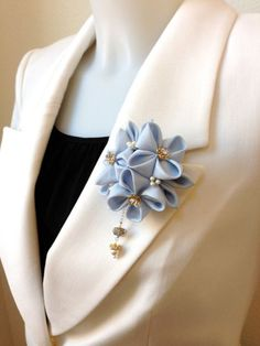 Items similar to Modern Tumami Kanzashi (MTK) Brooch / Hair Clip - Ice Blue- on EtsyShop for brooch on Etsy, the place to express your creativity through the buying and selling of handmade and vintage goods. Ribbon Art, Diy Ribbon, Ribbon Crafts, Ribbon Bows, Flower Crafts, Ribbons, Cloth Flowers, Satin Flowers, Fabric Flowers