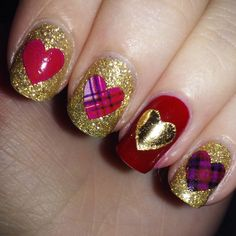 polish your nails and celebrate love...