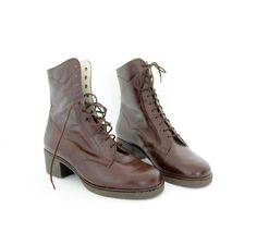Vintage boots / brown leather lace up ankle boots / 38-7.5 via Etsy