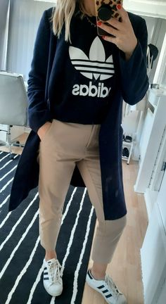 Tan Chinos, Navy Coat, Color Combinations, Favorite Color, Superstar, How To Wear, Jackets, Shopping, Style
