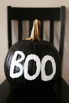 DIY Black + White Painted Pumpkin - The Sweetest Occasion