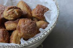 sugar & cinammon pretzl bites ()
