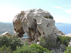 Kleine Wanderung zum Felsenbären in der Nähe von Palau im Nord Osten von Sardinien