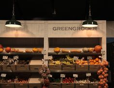 Clean look to display produce . Love the wooden frame and crates