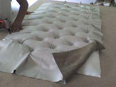 TAPICERIA ORTEGA: Respaldar de cama con capitone.