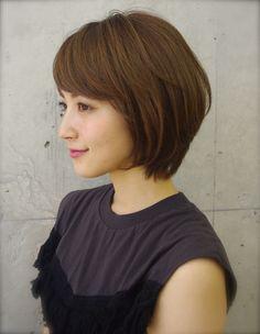 まとまりある上品大人シルエットボブ(ko-50) | ヘアカタログ・髪型・ヘアスタイル|AFLOAT(アフロート)表参道・銀座・名古屋の美容室・美容院