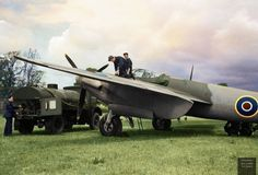 De Havilland Mosquito Mk II of No. 157 Squadron RAF refuelling at Hunsdon, Hertfordshire. Ww2 Aircraft, Military Aircraft, De Havilland Mosquito, History Online, Ww2 Planes, Royal Air Force, Vintage Design, Historical Pictures, Zeppelin