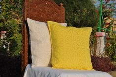Sunny side up. *applique *cushioncover