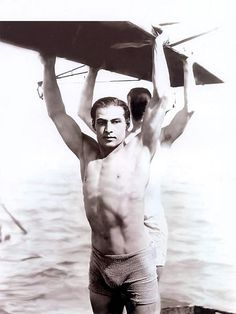 Rudolph Valentino: Latin Lover and Hollywood Star Rudolph Valentino, Vintage Hollywood, Classic Hollywood, Hollywood Glamour, Hollywood Stars, Vintage Photographs, Vintage Photos, Film D'action, Film Movie