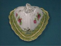 2382: Bavarian Porcelain Cheese Dish Late 19th/early 20th c. Retsch & Co. Bavarian porcelain