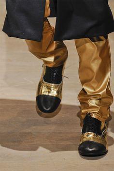 Comme des Garçons - Moda Uomo Primavera Estate 2013 - Vogue.it. SHOES.