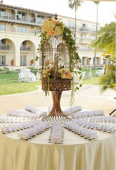 Elegant Escort Card Table | McCune Photography > http://boards.styleunveiled.com/pin/077bc03b8e133cac8e16533bc79c673c
