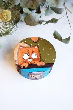 Hand painted wooden box, Painted wood keepsake decorative box with orange cat, Original one of a kind trinket jewelry box, Pet memory box  #orangecat #cat #catlover #kitty #kitten #pet #wooden #wood #box #handpainted #handmade #decorate #keepsake #trinket #jewelry #kids