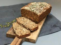 Hevefritt grovbrød med surdeigspulver og quinoa Quinoa, Banana Bread, Baking, Desserts, Food, Food Portions, Food Food, Tailgate Desserts, Deserts