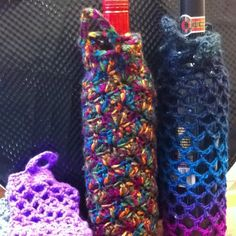 Crocheted wine & beverage gift bag... Or keep it for yourself    :)