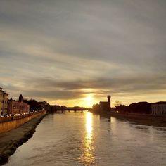 Le volte in cui Pisa è un quadro e non puoi fare altro che fermarti a guardare. #sorridoconpoco
