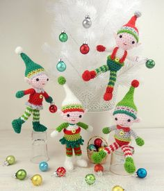 Christmas Elf Quartet - Amigurumi Crochet Pattern (Available in English Language Only)  Christmas is such a busy time and you probably need all the help you can get. With that thought in mind why not crochet up some little helpers in the form of these colorful elves? This frolicsome