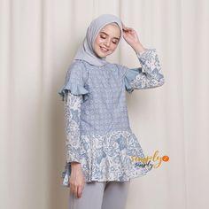 Kebaya Dress, Batik Kebaya, Blouse Batik, Batik Dress, Batik Fashion, Hijab Fashion, Batik Muslim, Cute Fashion, Girl Fashion