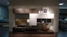 Parete attrezzata - Offerta arredamento completo a 8.590 euro #salerno #montella #arredamento #design #mobili #calligaris #cucinelube #creokitchens #divani #letti