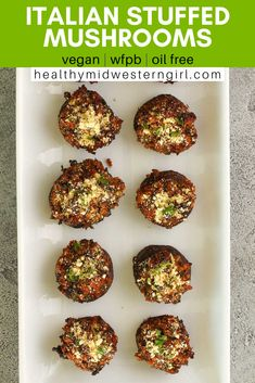 A healthy, plant-based/vegan stuffed mushroom appetizer with tasty Parmesan cheese and Italian sausage flavors. Mushroom Appetizers, Vegan Appetizers, Mushroom Recipes, Vegan Party Food, Vegan Food, Vegan Snacks, Vegan Dinners, Vegan Stuffed Mushrooms, Recipes