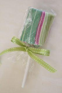 Splish Splash Stash: name that sweet giveaway and tutorial  Fat quarter lollipop tutorial