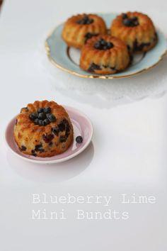 Ketunhäntä keittiössä: Blueberry Lime Mini Bundts