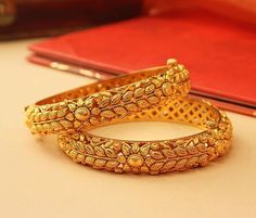 gold bangle bracelet are really beautiful Picture# 8818723587 Gold Bangles Design, Gold Earrings Designs, Gold Jewellery Design, Designer Bangles, Necklace Designs, Wholesale Gold Jewelry, Antique Jewellery Designs, Gold Bangle Bracelet, Diamond Bracelets